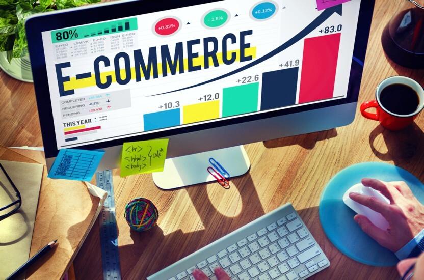 Branża e-commerce gwałtownie się rozwija dlatego skorzystaj z narzędzi ułatwiających magazynowanie takich jak palety, czy wózki do kompletacji